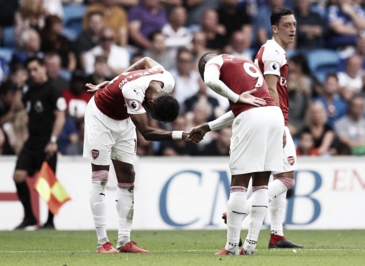 Arsenal vence Cardiff City em jogo eletrizante e respira na Premier League