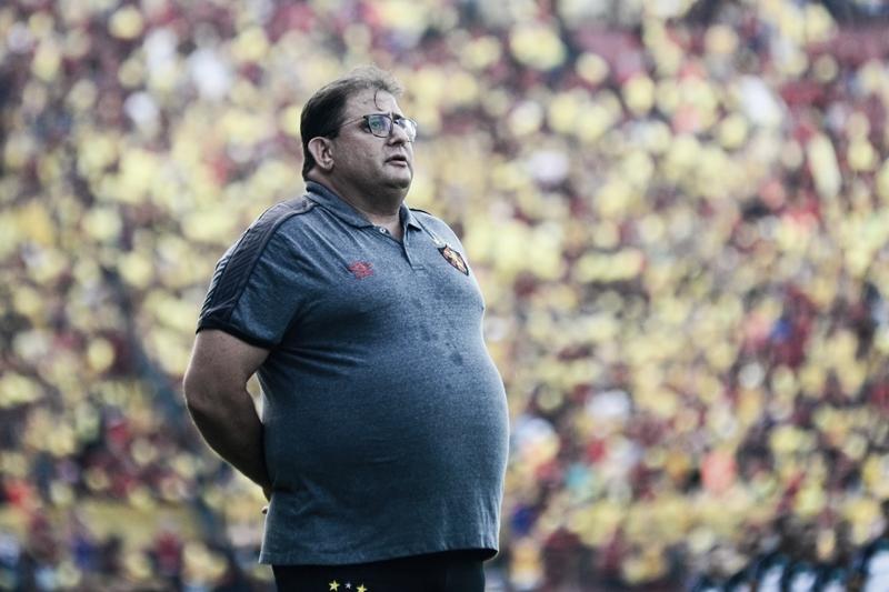 Guto Ferreira renova com Sport até o fim de 2020