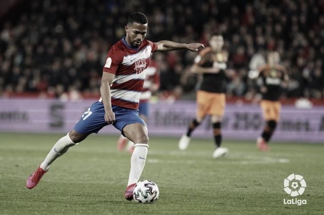 Yangel Herrera suena muy fuerte para el Valencia