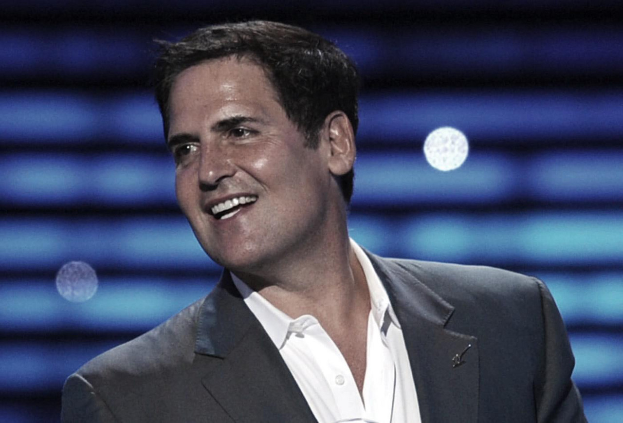 Mavericks owner Mark Cuban takes valiant stance for team workers; comments on COVID-19