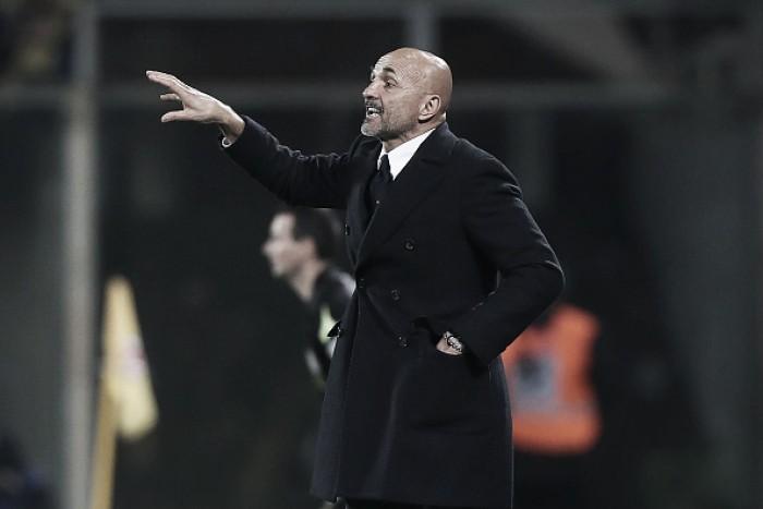 """Técnico da Inter, Spalletti se irrita por falta de opções na zaga: """"Até minha mãe sabe que precisamos"""""""