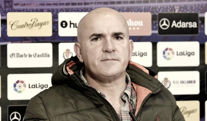 """Luis César Sampedro: """"Prefiero que el foco me apunte a mí y deje tranquila la mente de los jugadores"""""""