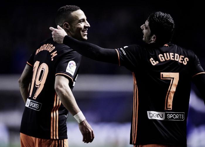 Valencia vence La Coruña fora de casa e mantém sequência positiva na La Liga