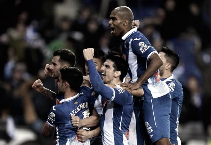 Messi perde pênalti, Espanyol vence Barcelona e abre vantagem na Copa do Rei