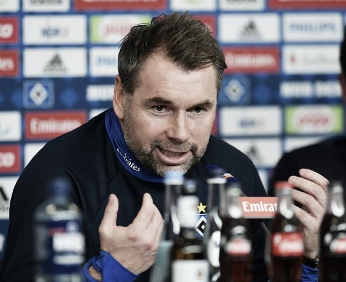 Com alvo de evitar queda inédita, Bernd Hollerbach assume comando técnico do Hamburgo