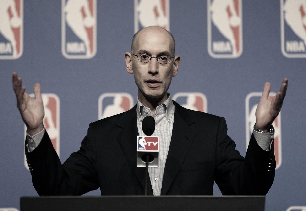 League reduces top executives salaries