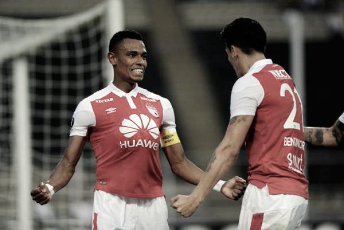 Santa Fe vence Táchira em jogo eletrizante e se aproxima de classificação na Libertadores