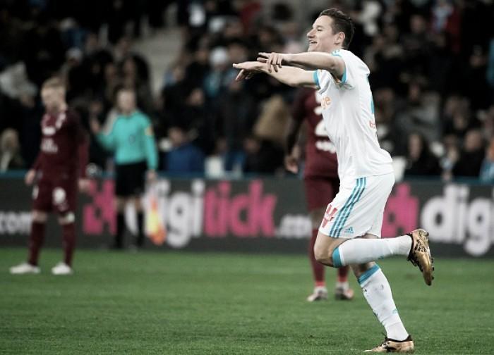 Em partida alucinante, Thauvin marca três e Marseille afunda Metz