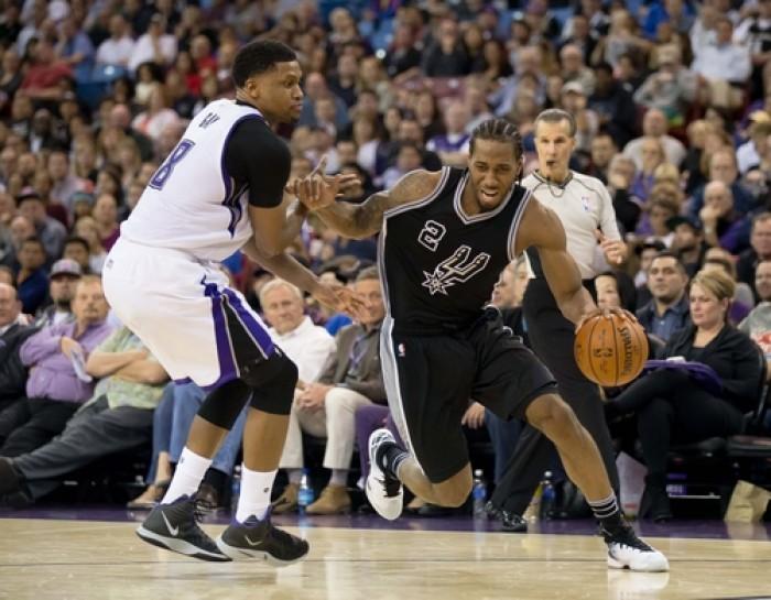 Kawhi Leonard Returns, Helps San Antonio Spurs Pummel Sacramento Kings 108-92