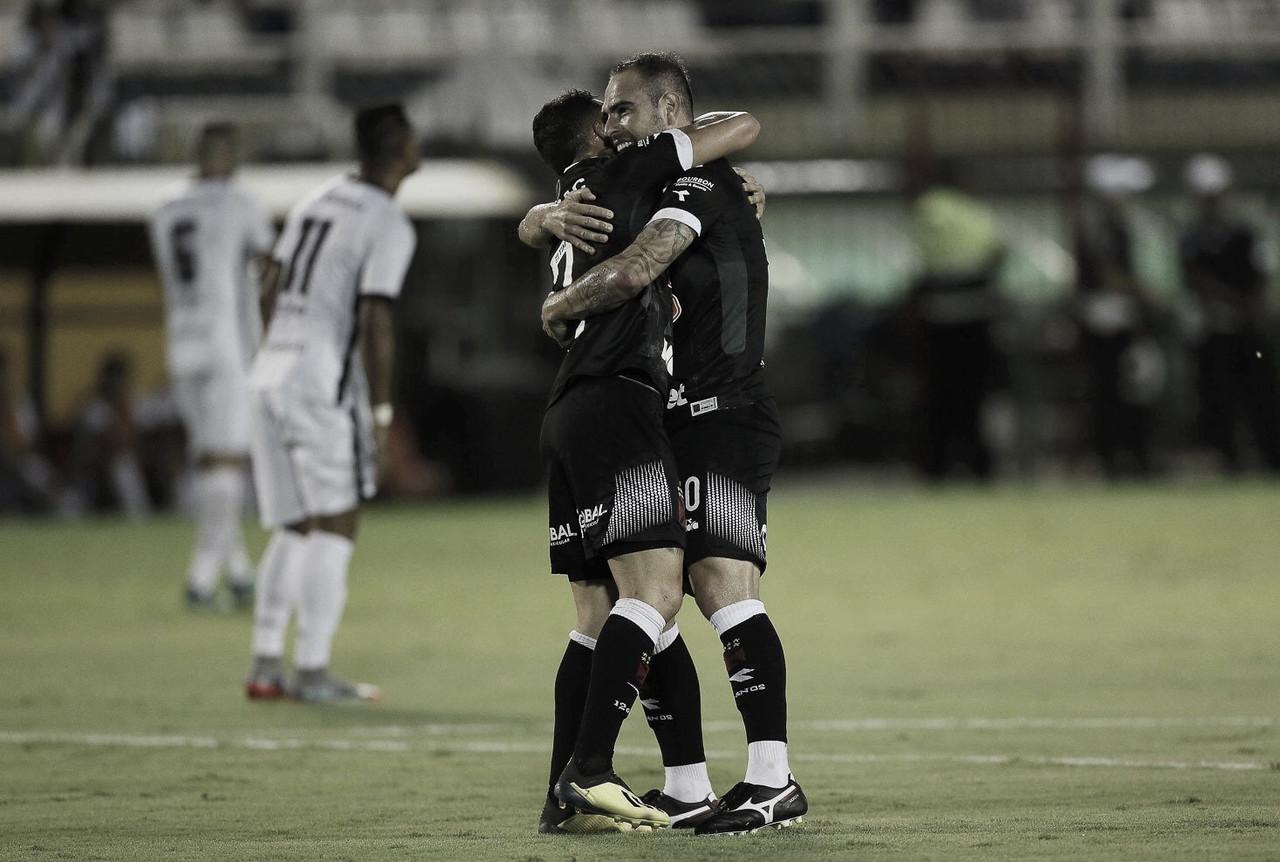 Vasco decide no primeiro tempo e vence Resende em Volta Redonda