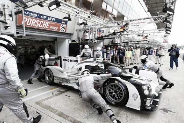 Porsche obtém resultados medianos em Le Mans