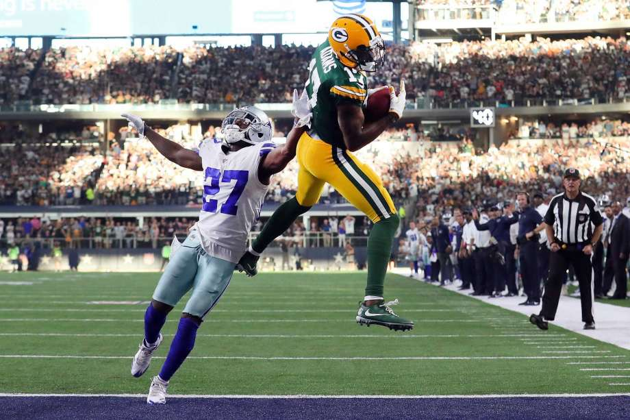 Green Bay Packers at Dallas Cowboys: Both teams look to rebound after losing their unbeaten records