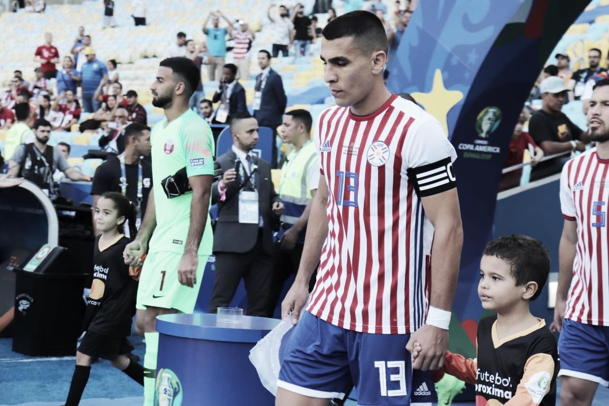 Em jogo lá e cá, Paraguai e Catar estreiam na Copa América com empate no Maracanã