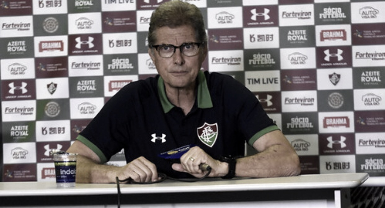 """Com novo esquema, Fluminense vence e anima Oswaldo: """"Certeza que vai melhorar"""""""