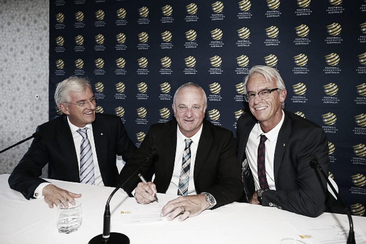 Graham Arnold assumirá seleção australiana após Copa do Mundo