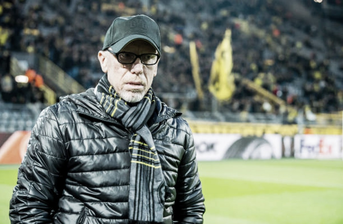 """Apesar de revés, Peter Stöger crê em reviravolta do Dortmund: """"Não estamos eliminados"""""""