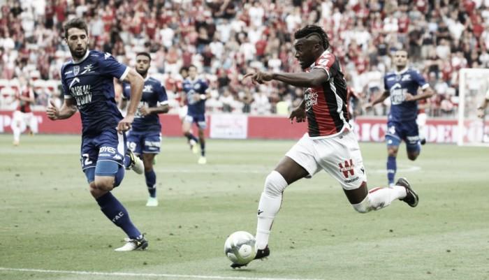 Sem Sneijder e Balotelli, Nice é derrotado pelo Troyes e segue com sequência negativa na Ligue 1