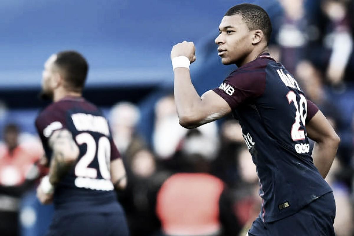 Com dois de Mbappé, PSG vence Angers em partida antecipada pela Ligue 1