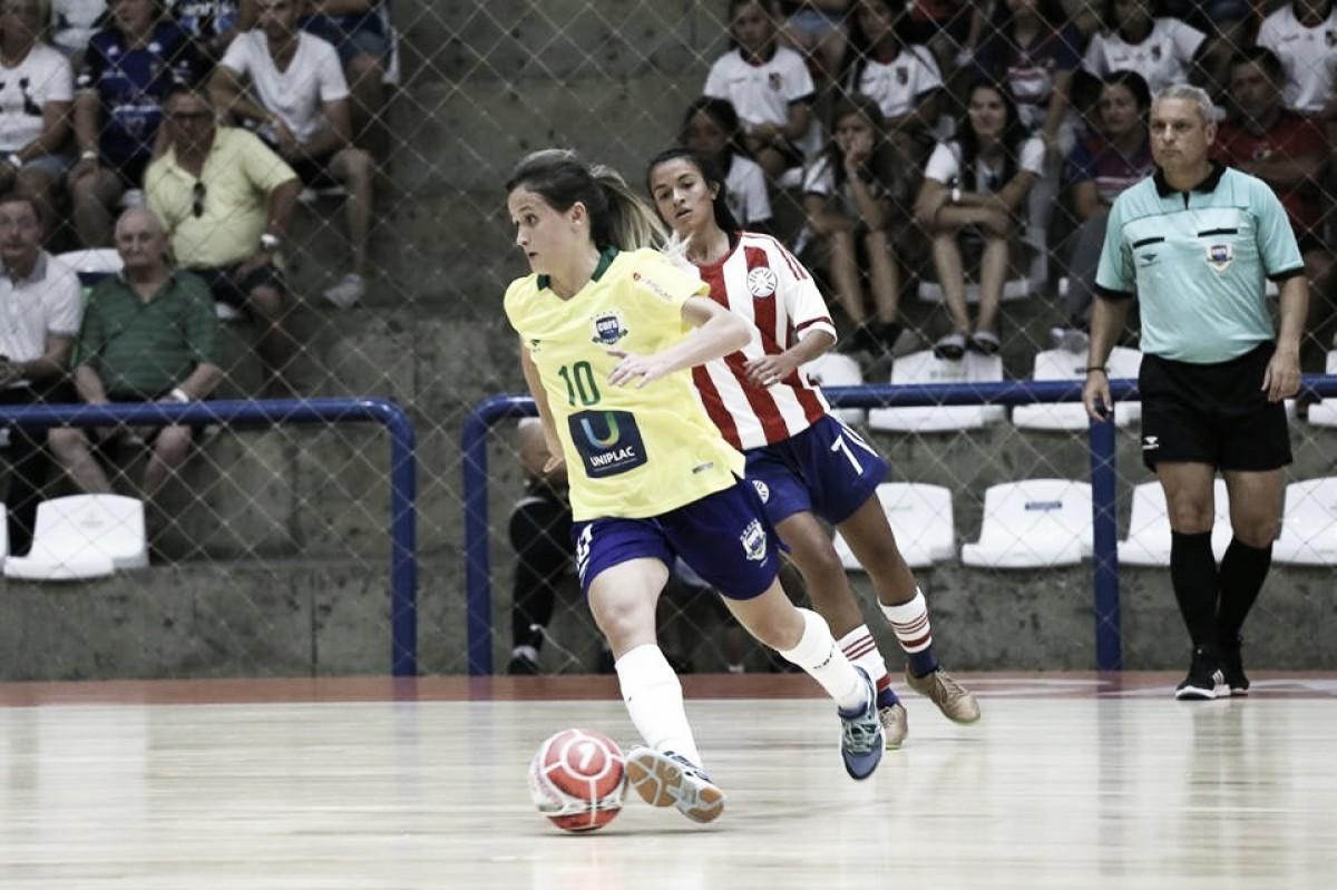 Em fase de amistosos, Amandinha avalia desempenho da Seleção Brasileira Feminina de Futsal