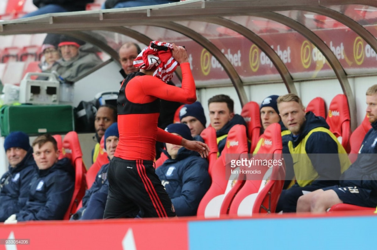 Sunderland 0-2 Preston North End: Lilywhites pile on further sorrow to ten-man Sunderland