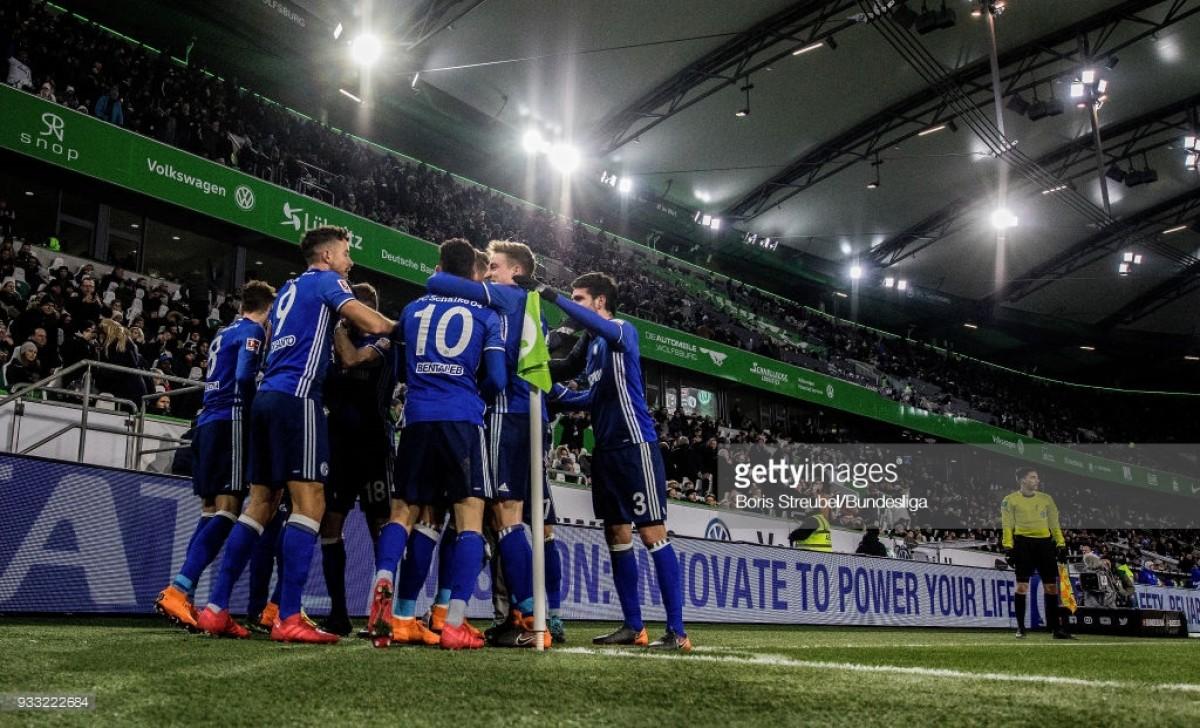 Bundesliga Round-Up: Schalke push back Bayern's title celebrations