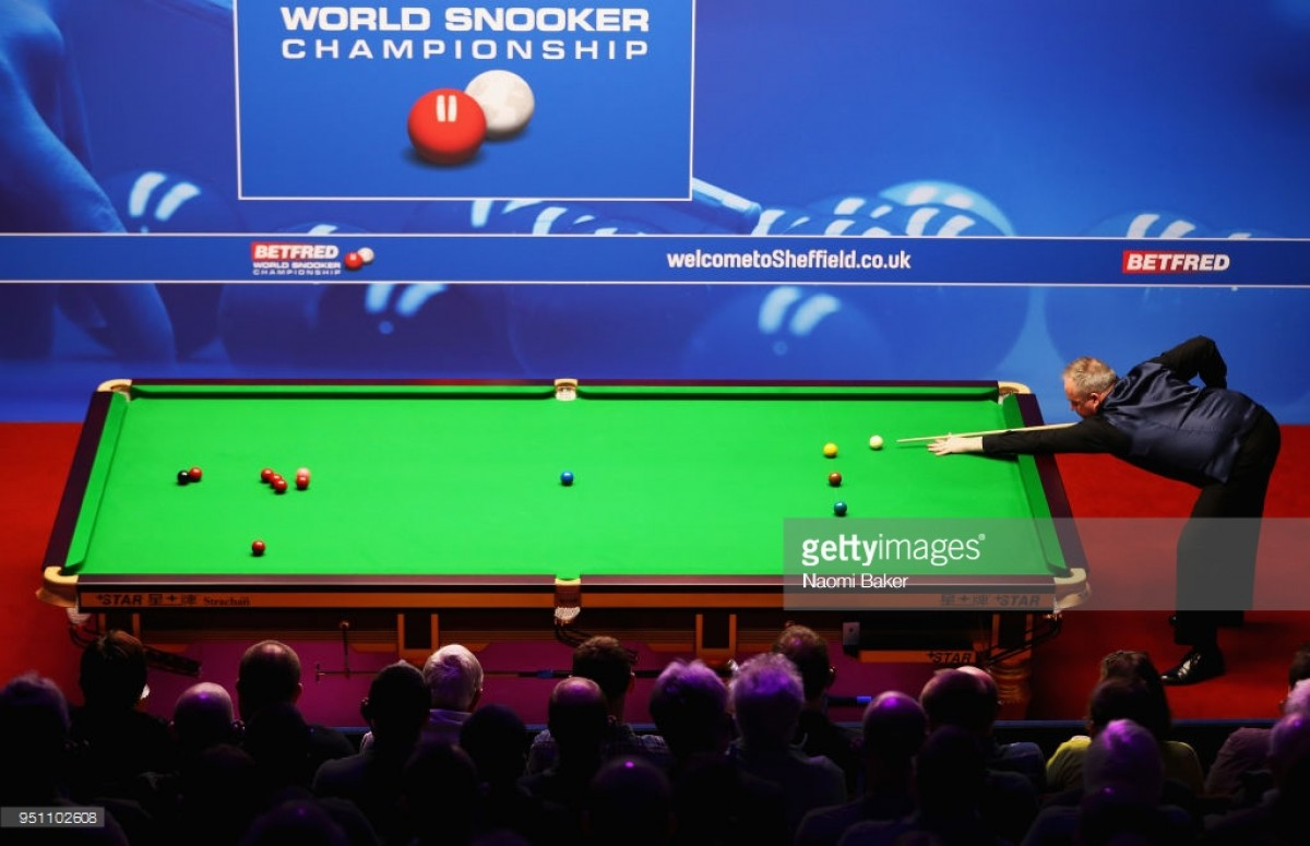 John Higgins cruises into World Championship last eight with a session to spare
