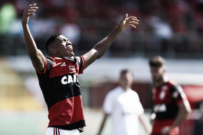 Berrío só deve voltar ao Flamengo em 2018