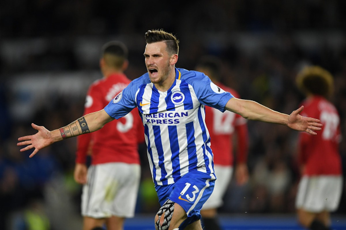 Pascal Gross signs new Brighton deal to 2022