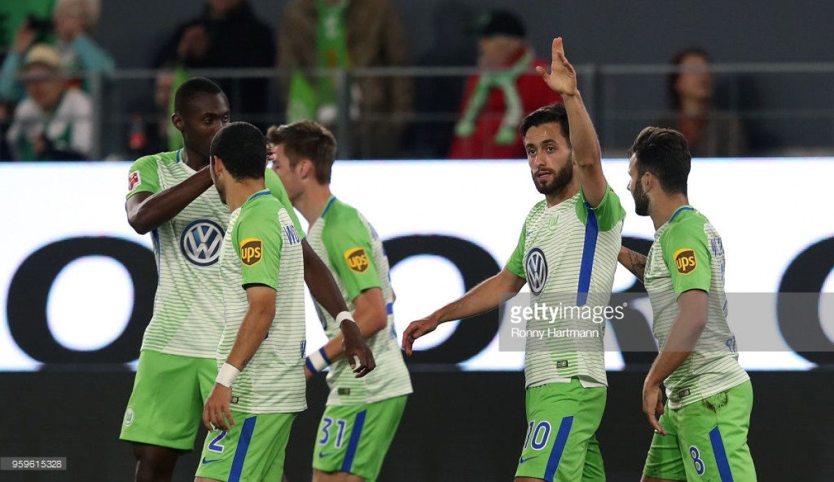 vfl wolfsburg 3 1 holstein kiel wolves in control but survive late burst from the storks. Black Bedroom Furniture Sets. Home Design Ideas