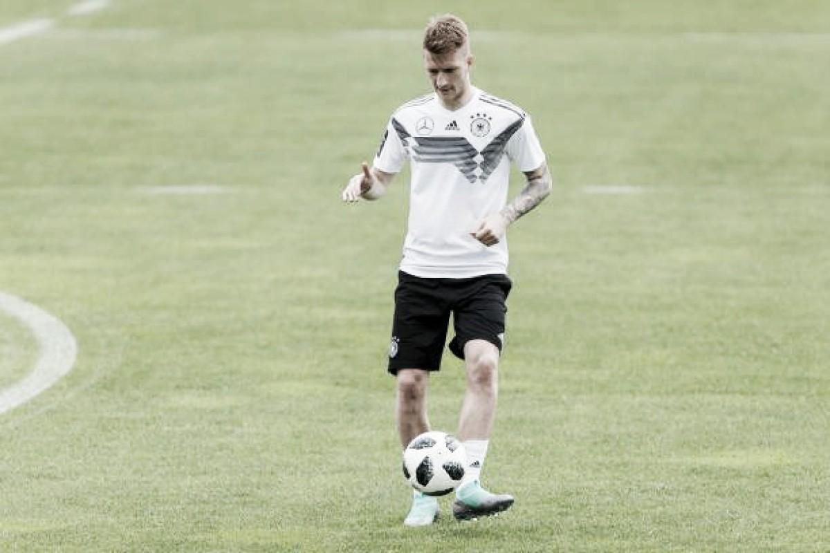 """Marco Reus enaltece Lucien Favre, novo técnico do Dortmund: """"Melhor com quem já trabalhei"""""""