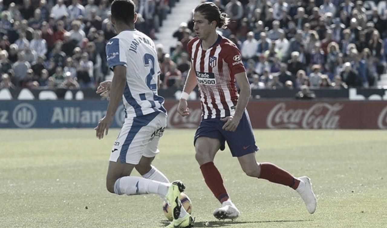 Atlético de Madrid confirma lesão de Filipe Luís que ficará de fora por três semanas