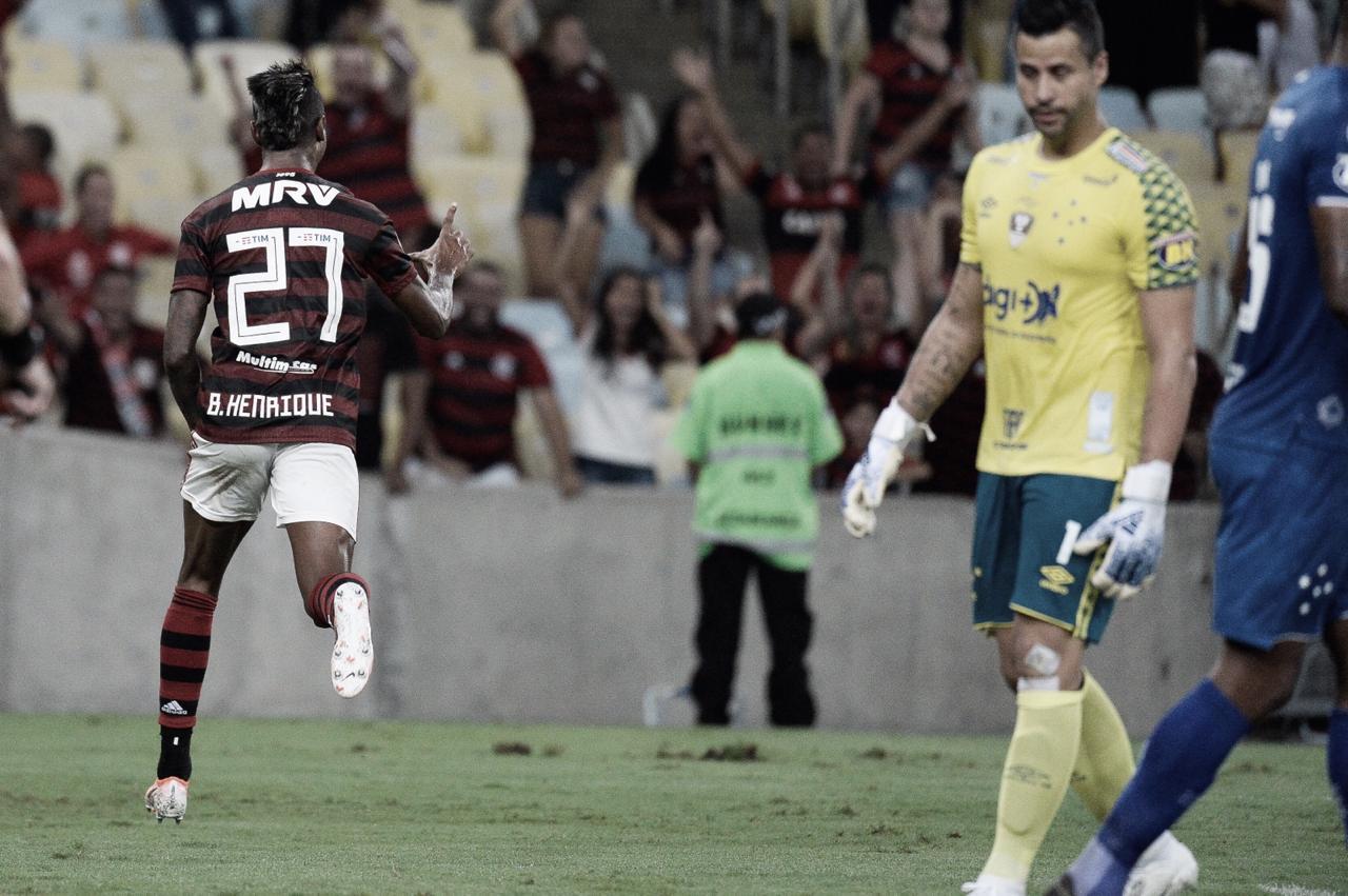 Despedida de Juan e vitória de virada: Flamengo bate Cruzeiro na estreia do Brasileiro