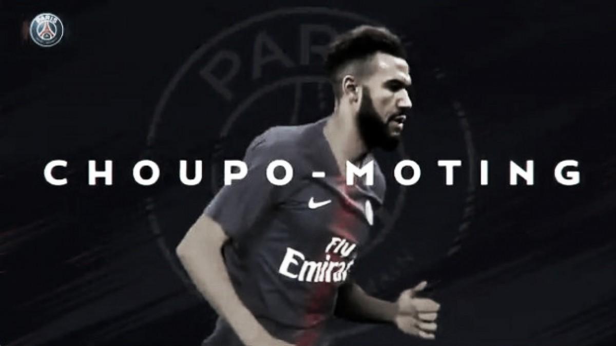 PSG surpreende e anuncia contratação do atacante camaronês Choupo-Moting, ex-Stoke City