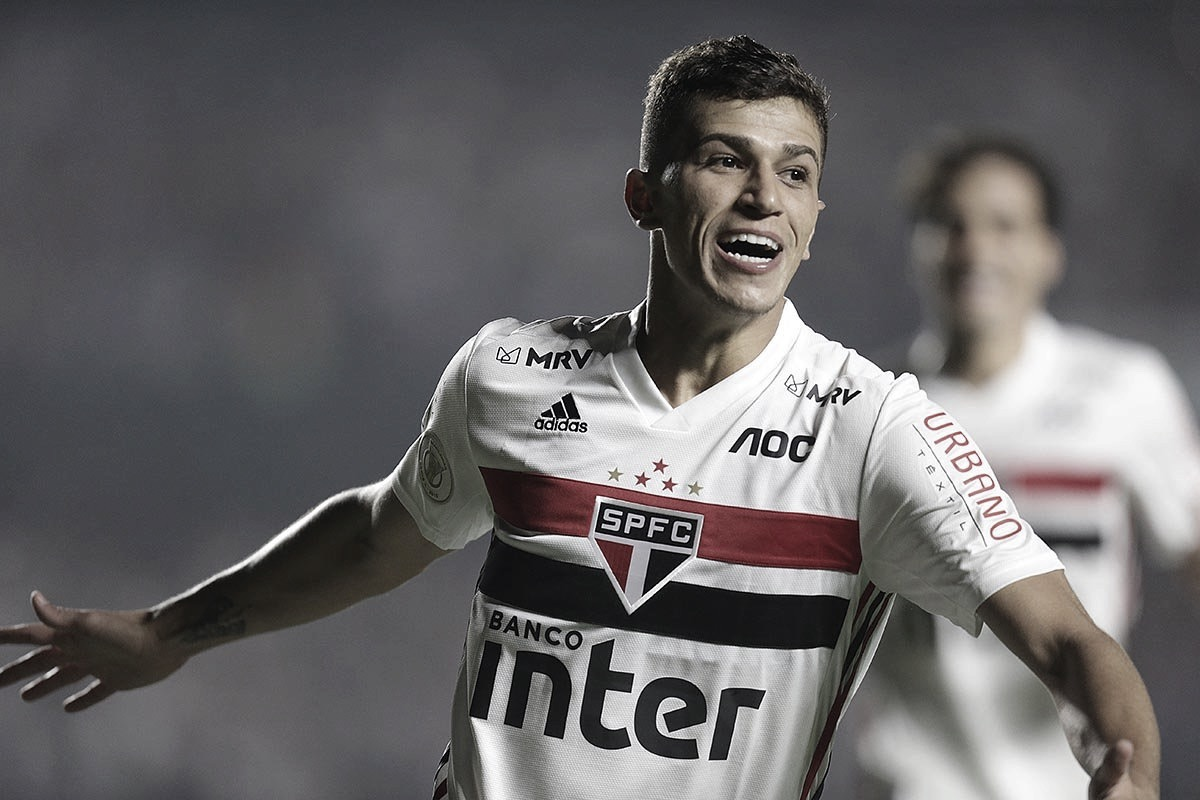 Vitor Bueno relembra gols mais importantes no São Paulo