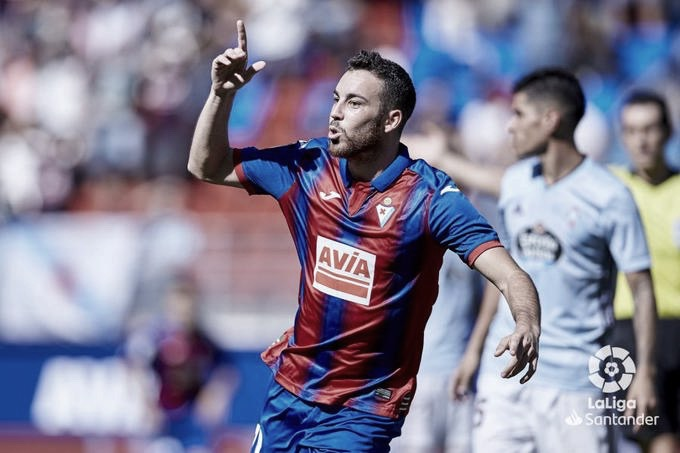 Edu Expósito celebra un gol ante el RC Celta de Vigo | Foto: LaLiga Santander