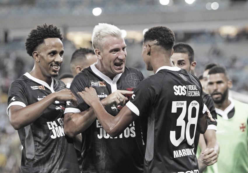 Vasco despacha Resende com facilidade e vai à final da Taça Guanabara
