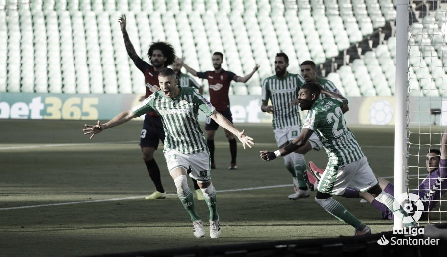 El Betis anuló a Osasuna con una pegada letal