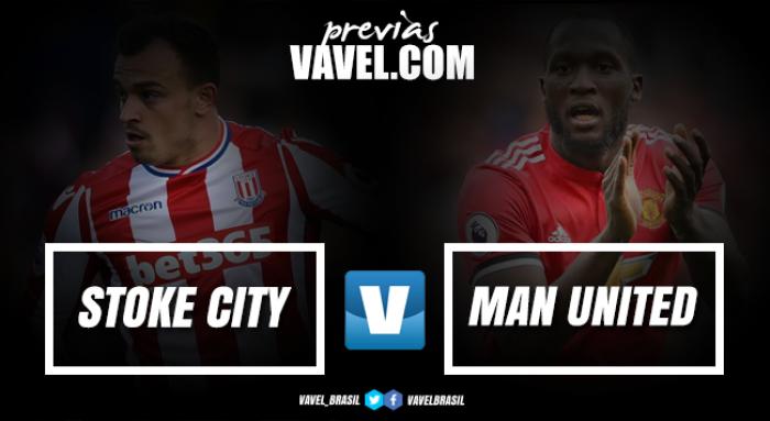 Para manter 100% na Premier League, Manchester United mede forças com Stoke City