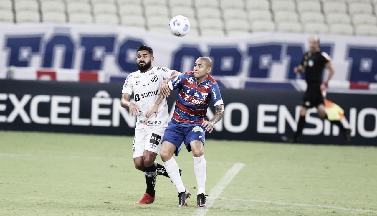 Em jogo movimentado, Fortaleza e Santos empatam com polêmica do VAR