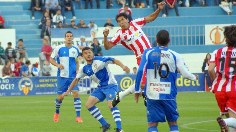 El Sabadell consigue la salvación virtual venciendo al Almería