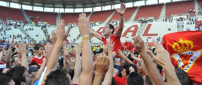 El Real Murcia logra la increíble salvación