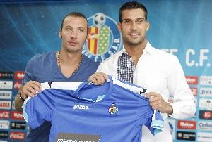 Alexis y Moyá, presentados en el Getafe CF