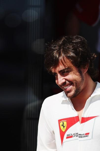 Extraordinario Alonso en un vibrante GP de Europa. Así lo vivimos