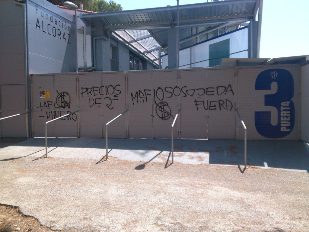 Vandalismo en el Alcoraz