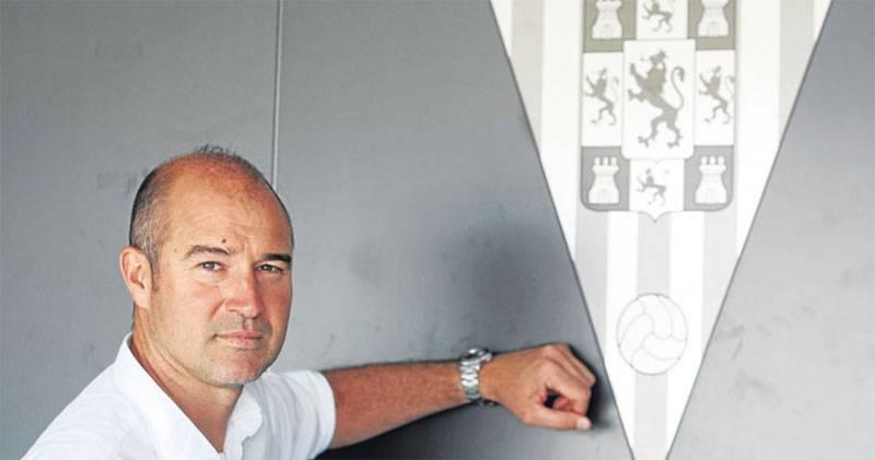 El Córdoba CF destituye a Rafa Berges