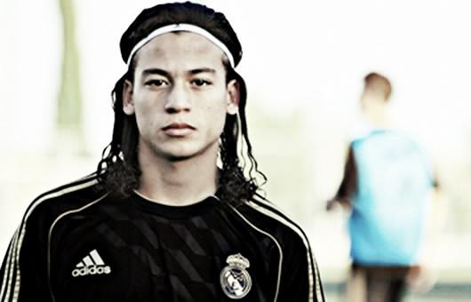 Cristian Benavente, discípulo de Mesut Özil