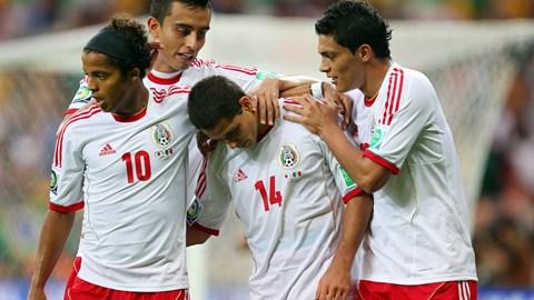 Com dois gols de Chicharito, México vence Japão no Mineirão