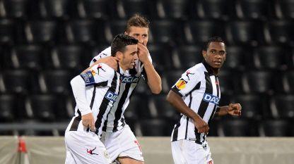 Angella dedica seus gols contra o Chievo a Morosini