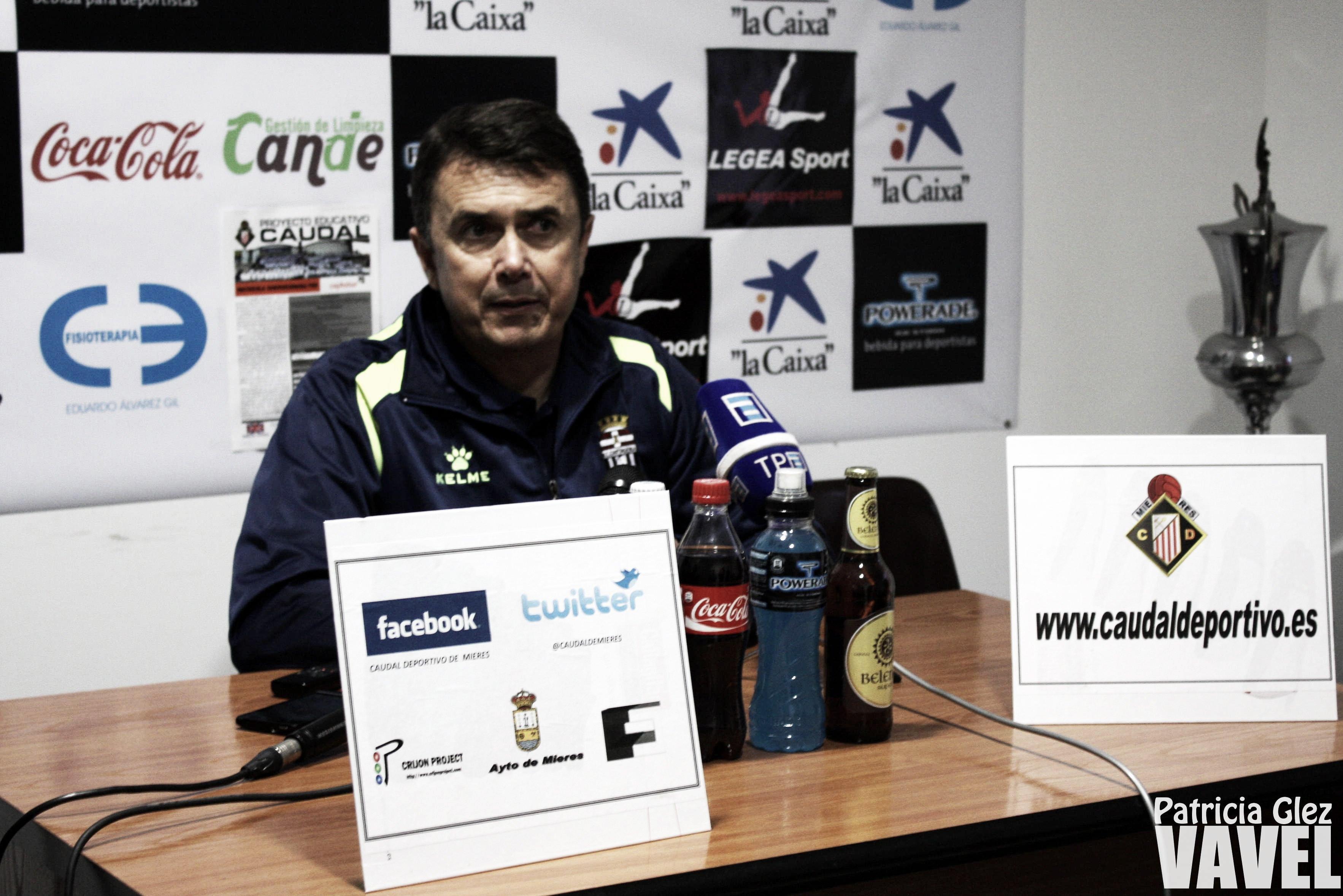 José Miguel Campos, nuevo entrenador de La Hoya Lorca CF