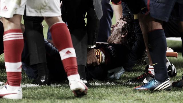 Puyol sufre una luxación en su codo izquierdo en el partido ante el Benfica